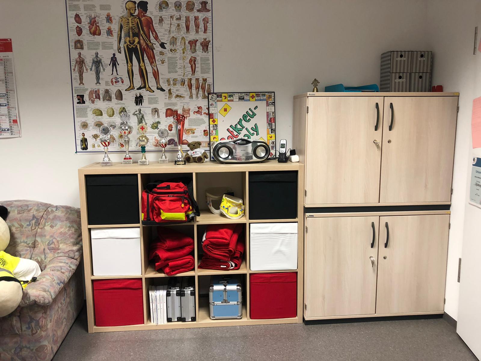 Neue Möbel Für Unseren Jugendraum Drk Ov Offenburg